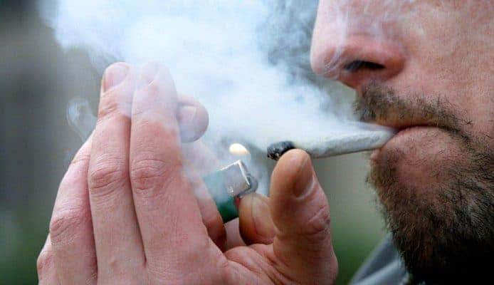 Amerikaanse Sigarettenmaker Wil Investeren In Canadees Wietbedrijf