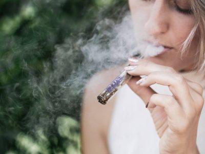 Een Derde Van De Zwangere Vrouwen Denkt Dat Cannabis Hun Baby Niet Zal Schaden: UBC