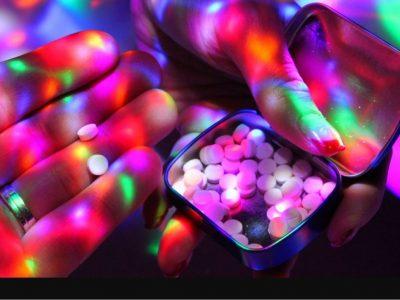 """Drugs zijn crimineel volgens de gebroeders """"House"""" - column door mr. Kaj Hollemans, KHLA"""