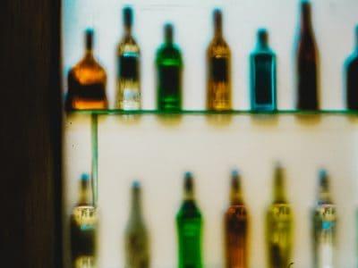 Ang Marijuana Diyutay na Mapihigon ug Makadaot Kay sa Alkohol o Sigarilyo
