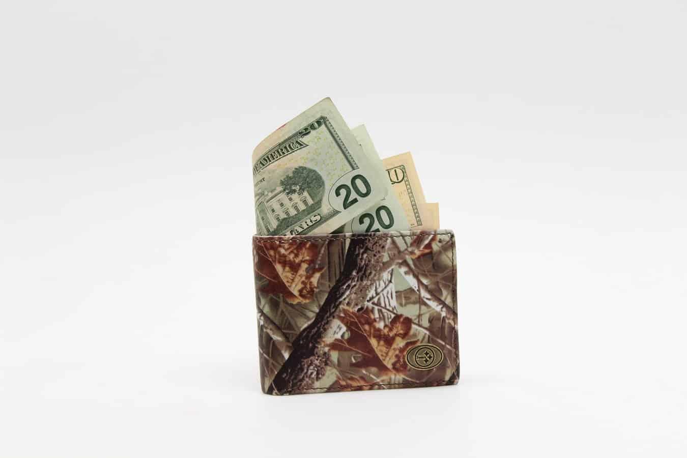 Even over geld - hoeveel levert de legalisatie van cannabis aan belastingen op? En hoe zit dat in Europa?