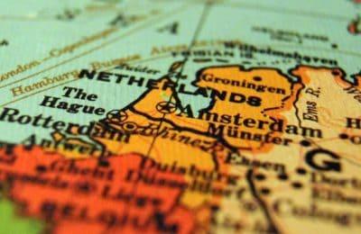 Ang Ting-init Sa Mga Droga - Ang Netherlands - Ni Mr. Kaj Hollemans