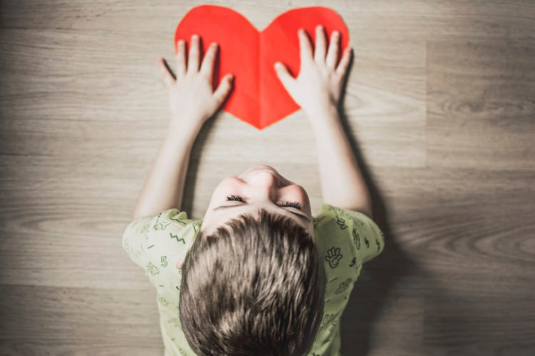 2019 11 11 Kan CBD olie je autistische kind helpen kind