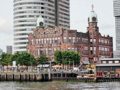 2019-Roterdam ne čeka zabranu smeha