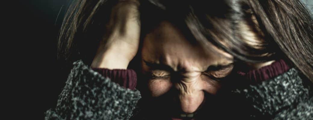 CBD Olie Voor Migraine En (cluster) Hoofdpijn: Voordelen En Mogelijke Risico's