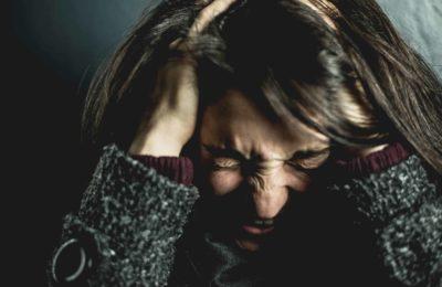 Ang CBD Oil Alang sa Migraines Ug (cluster) Sakit sa Ulo: Mga Kaayohan ug Posible nga mga risgo