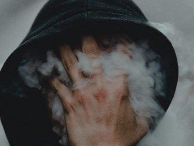 Corona virus izaziva pušenje više korova.