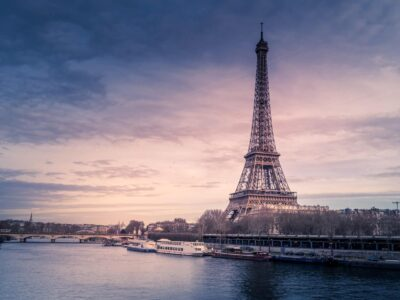 Viva La France! O Dili Alang sa Mga Mahigugmaon sa Cannabis.