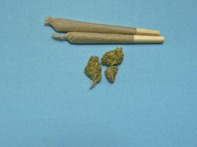 Sidee Vaping kaa caawinaysaa inaad joojiso marijuana?