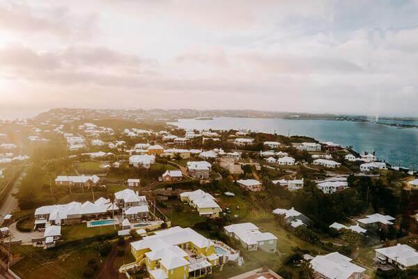 2021 02 26 Kanabis na Bermudima i Barbadosu treba povećati ekonomiju zbog zastupnika COVID 19 koji će u članku raspravljati o kanabisu na Bermudima u članku