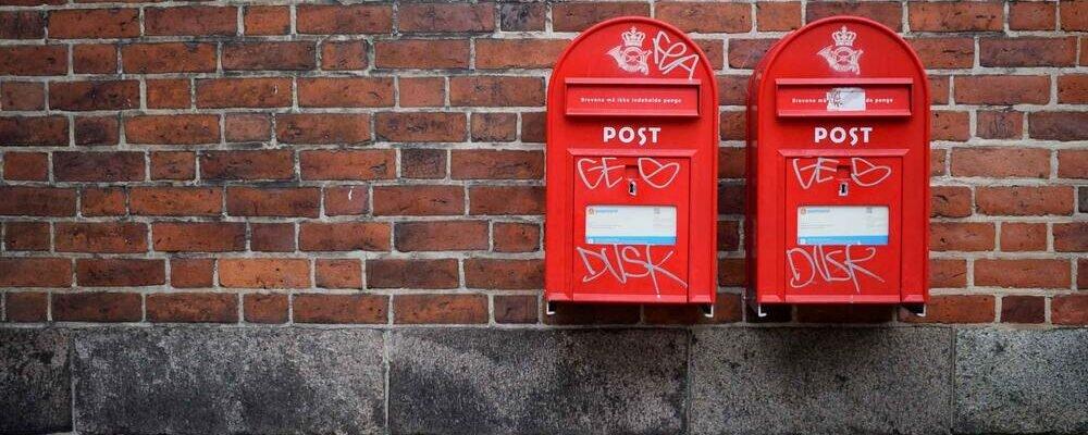Az ír adóellenőrök 110.000 XNUMX dollárt foglaltak le drogokban, kannabiszban és tablettákban a dublini postaközpontban