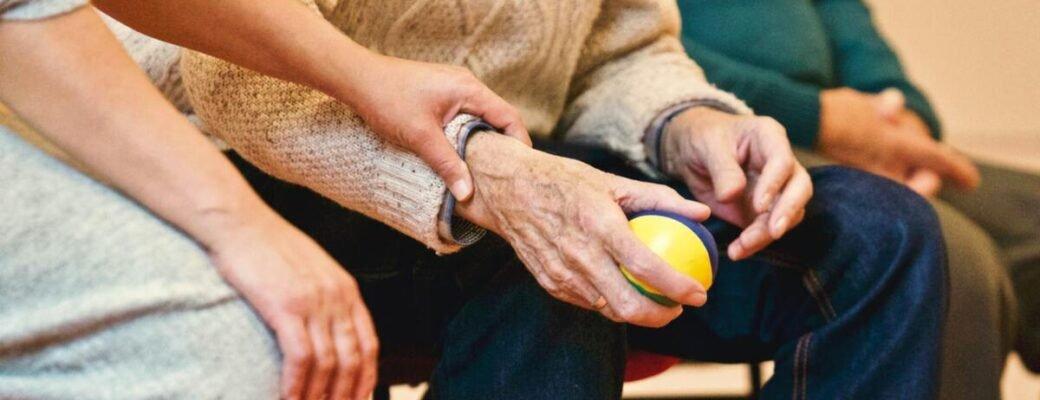 3 Redenen Waarom CBD Effectief Kan Helpen Bij Artritis En Gewrichtspijn