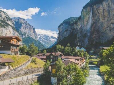 Switzerland waxay daah furtay tijaabinta xashiishka sharci ee loo isticmaalo suuqa si loo darso xeerarka mustaqbalka