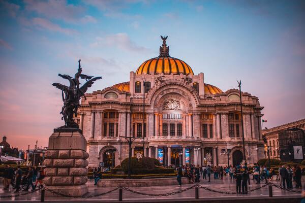 Mexikó dekriminalizálja a kannabiszt: a szabadidős használat hamarosan törvényessé válik (ábra)