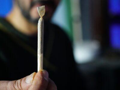 2021-07-13-Ministerkommissionen fremmer afkriminalisering af cannabis i Israel